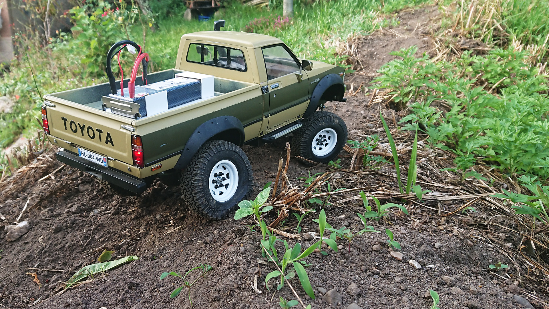 Toyota HiLux (Back in business P.5 ) - Page 5 2019-06-22_Tamiya_Hilux-002