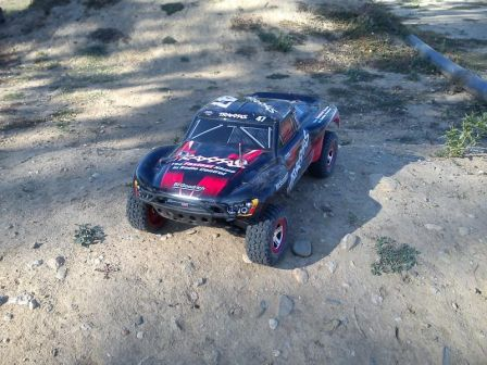 Traxxas Slash 2wd (8-28-10)1